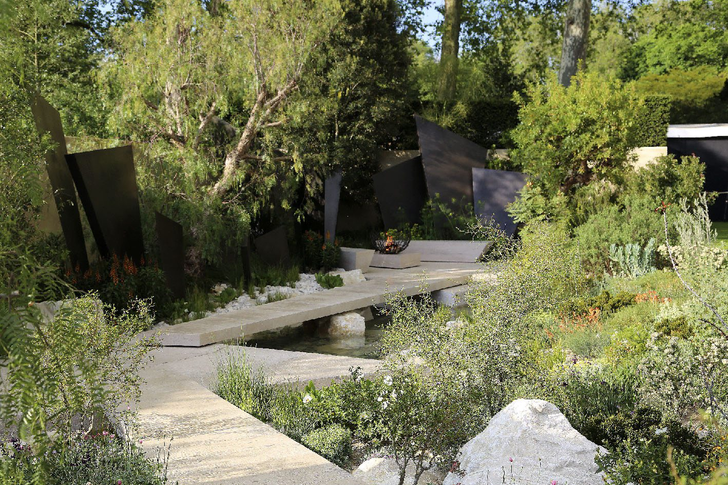 Chelsea Flower Show 2016, Telegraph Garden designed by Andy Sturgeon
